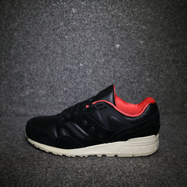 "Grid SD Premium ""Boston Public Garden"" Black Crimson White"