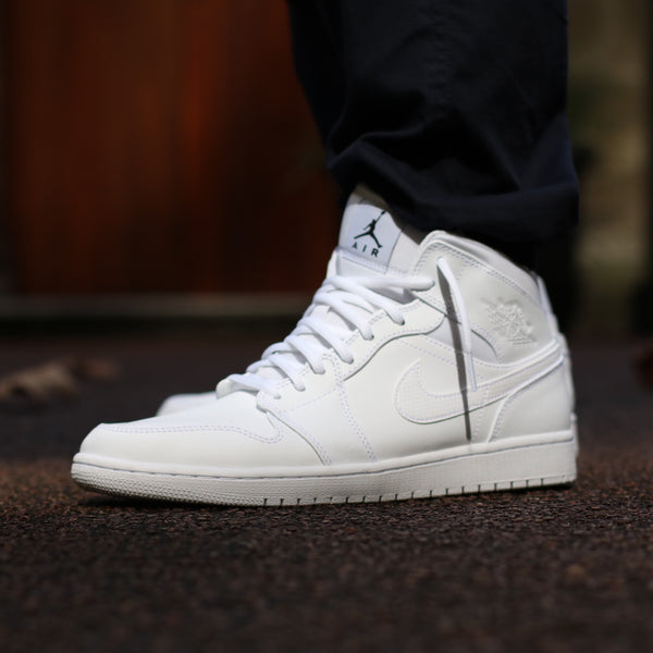 Air Jordan 1 Mid White Black White