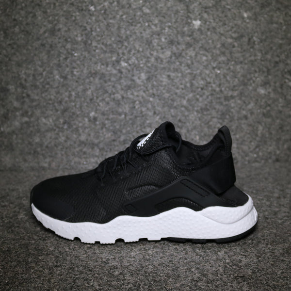 f7075dc418d3 Side View of the Women s Nike Air Huarache Ultra Black White at Solemate  Sneakers Sydney ...