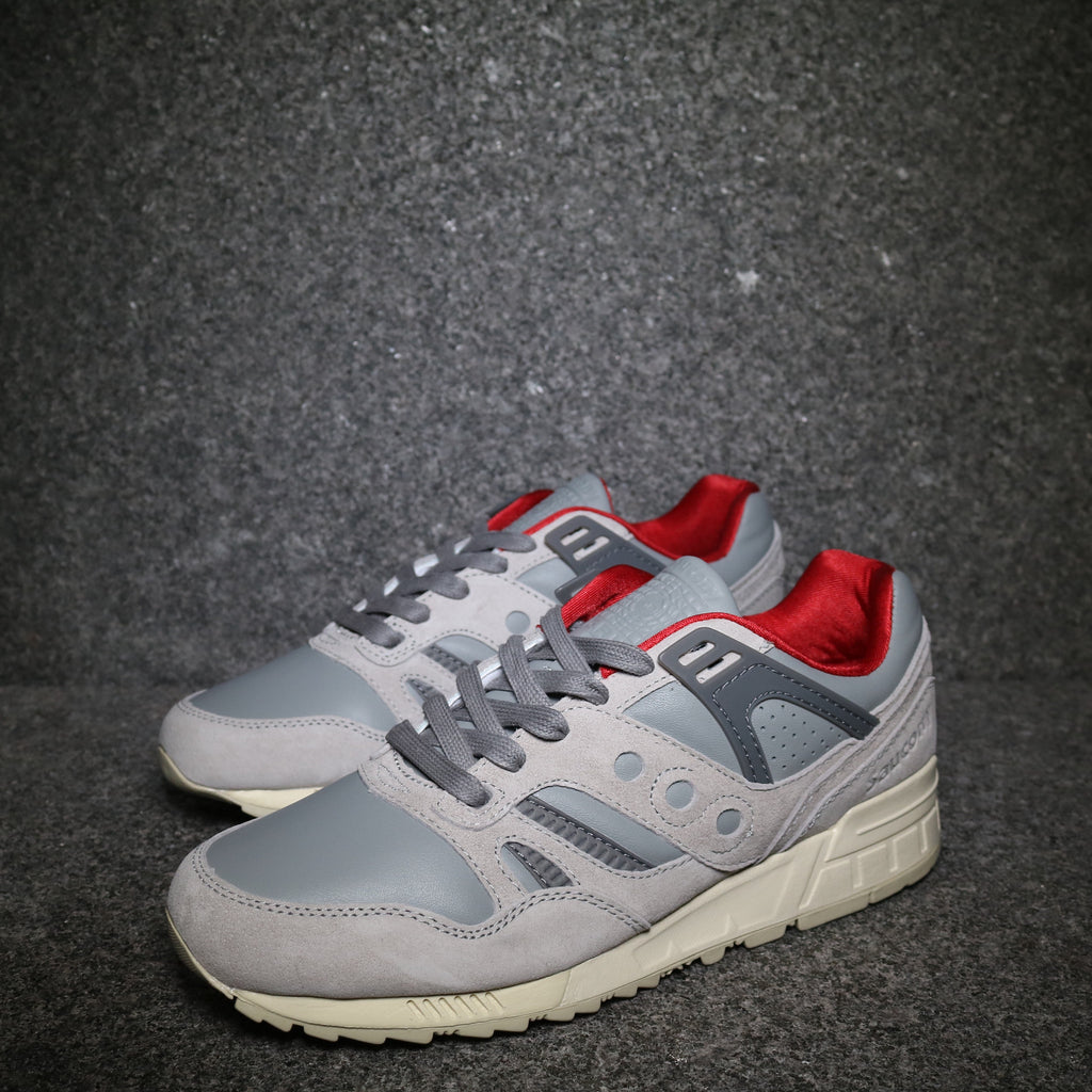 "Grid SD Premium ""Boston Public Garden"" Grey Red White"