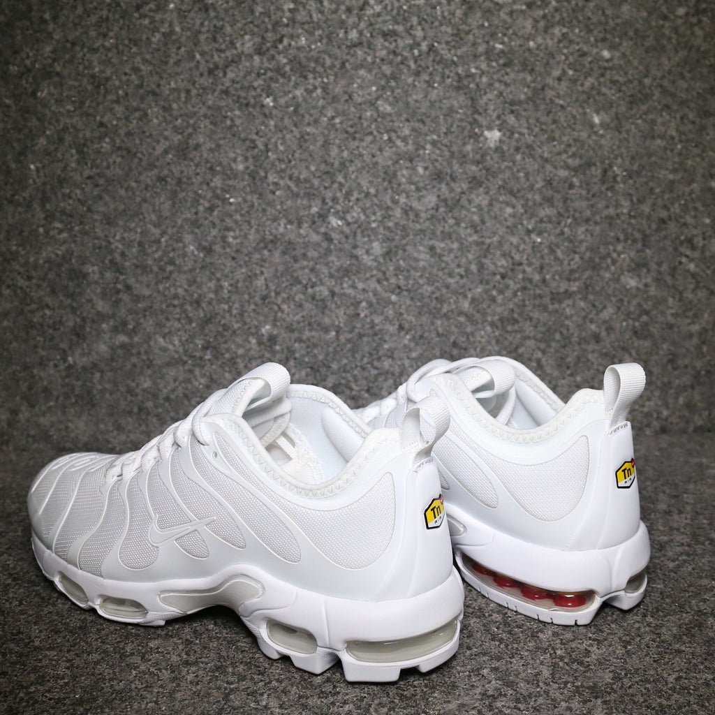finest selection b194f 65ffb air max plus tn white