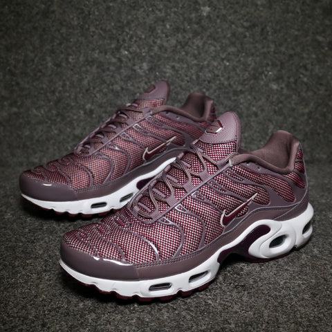 Women's Air Max Plus Taupe Grey Bordeaux Silt Red