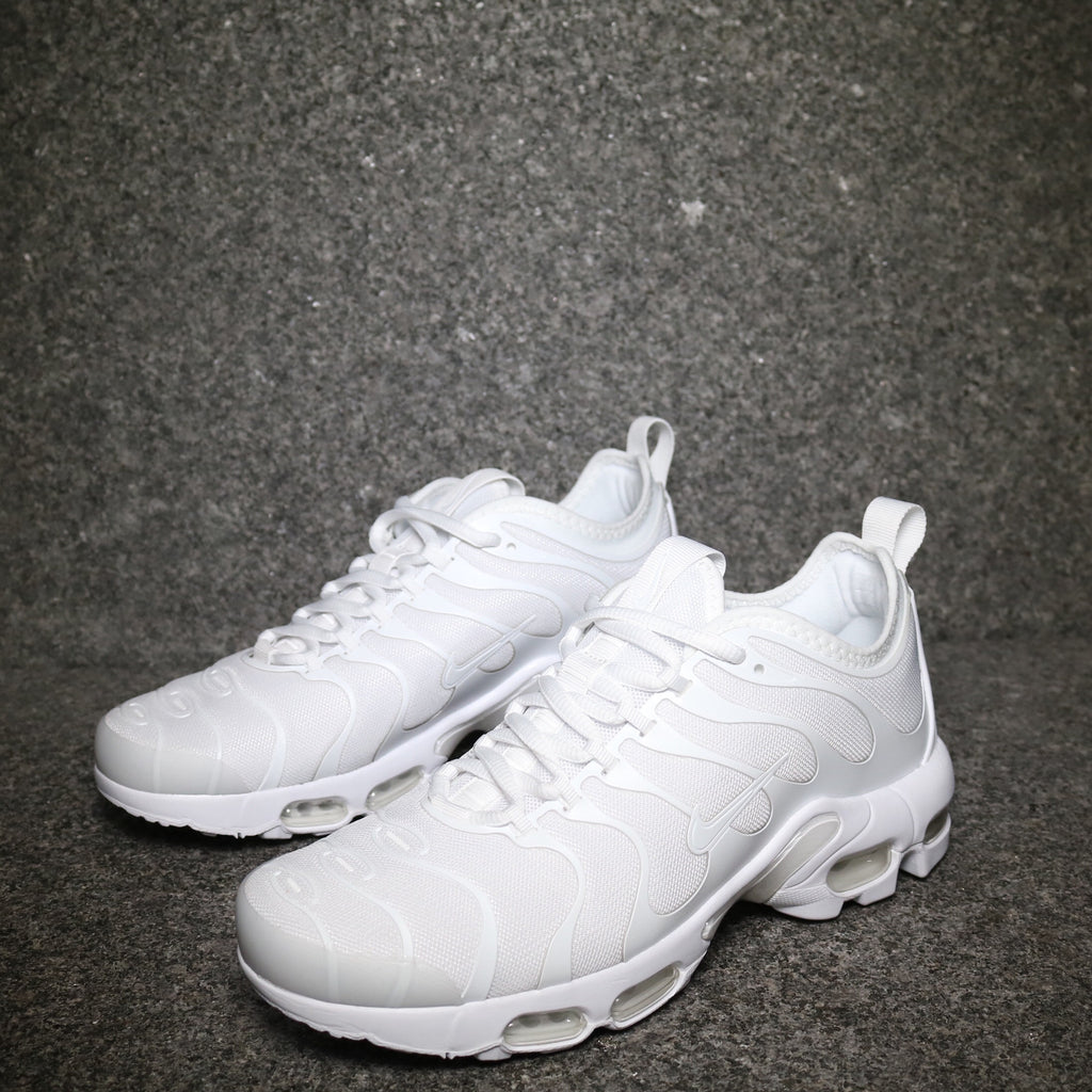 Nike Wmns Air Max Plus TN Ultra: WhiteWhite Black | requïn