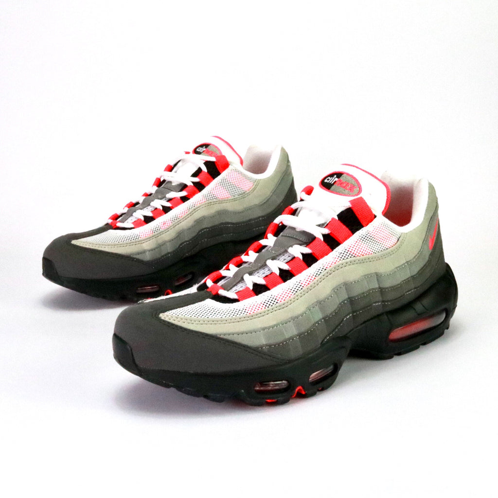 Front view of Air Max 95 OG White Solar Red Granite Dust Grey