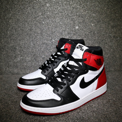 "Air Jordan 1 Retro High OG ""Black Toe"" White Black Varsity Red"