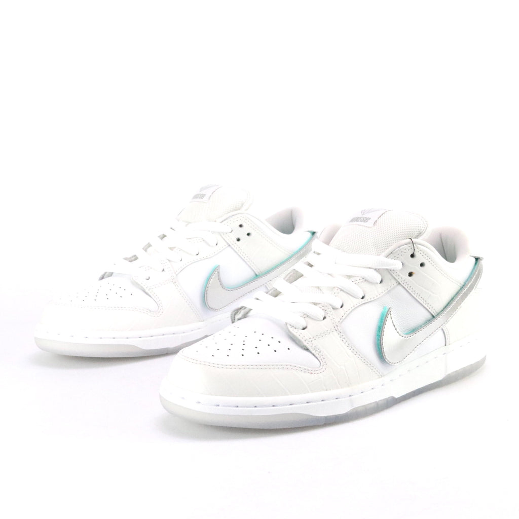 Dunk SB Low QS Diamond White Chrome White