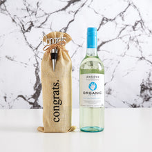 Load image into Gallery viewer, The perfect gift hamper for organic white wine drinkers.