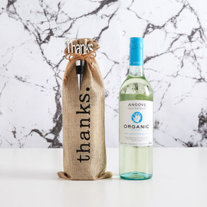 Thank an organic wine lover with our Angove organic white wine gift bag. A great, modern alternative to gifting.