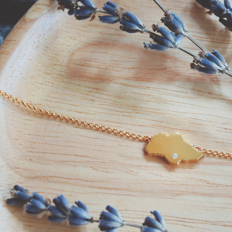 Singapore Island Necklace 18K Yellow Gold