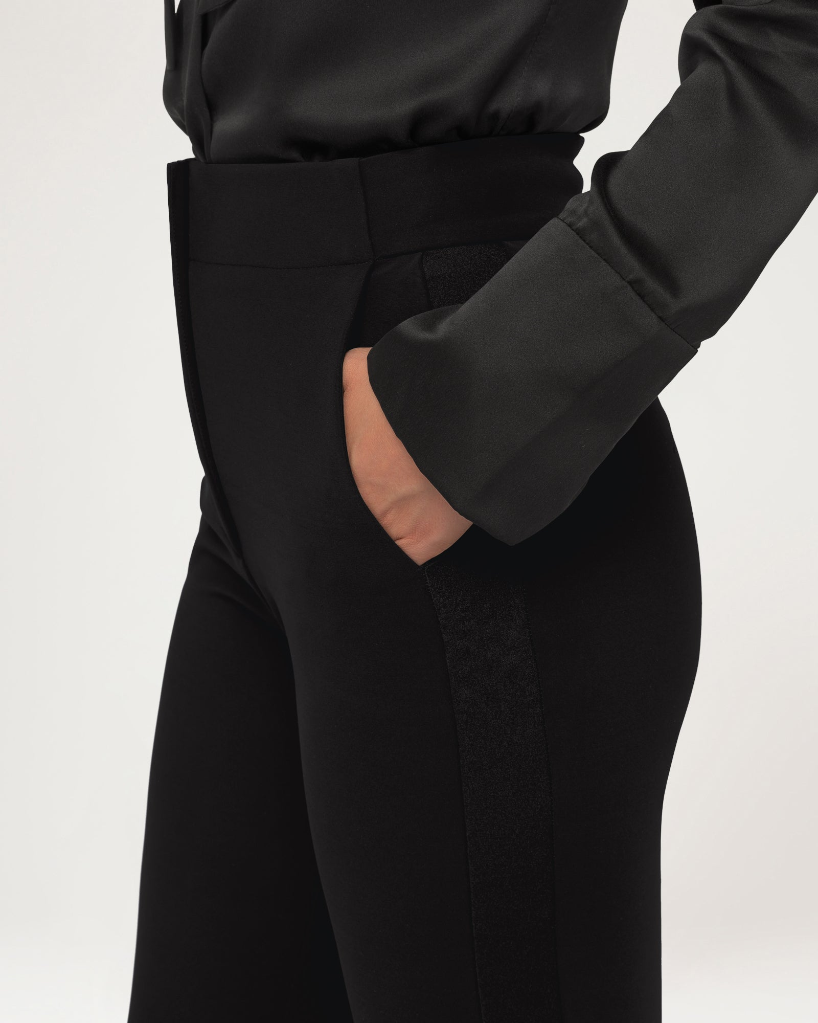Tux Power Move Trousers Black - Limited Edition