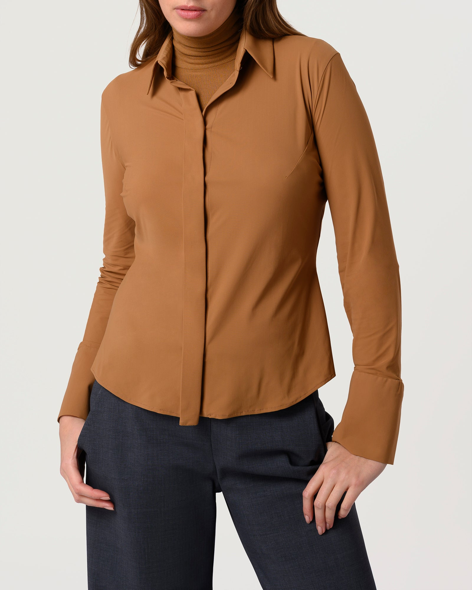 Skim Fit Blouse Caramel