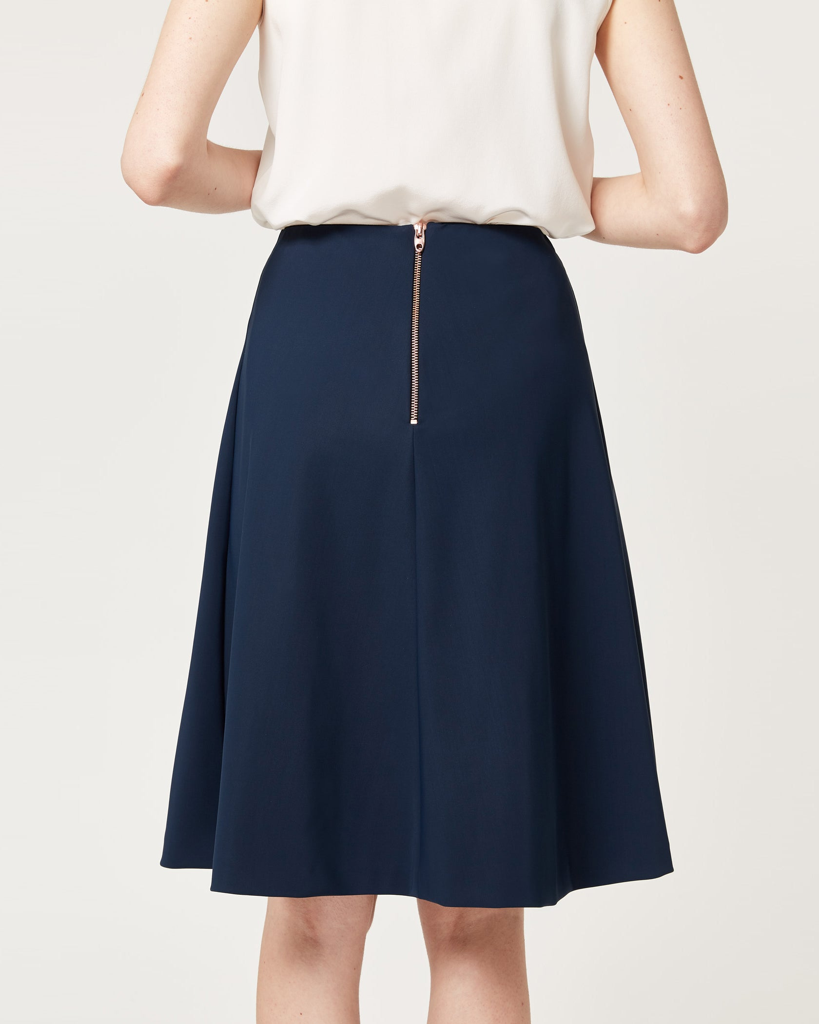 Step To It Skirt Regatta Navy