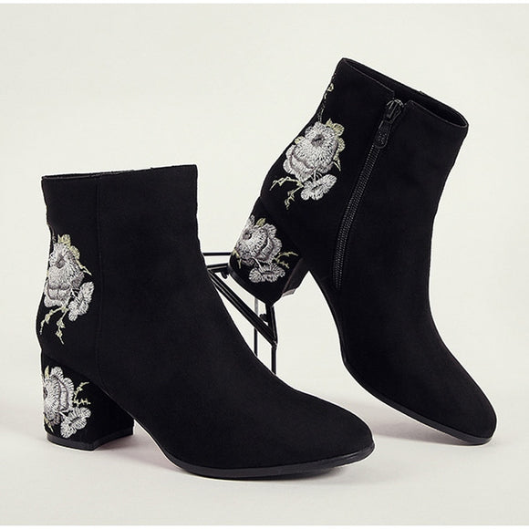 Ankle Boots For Women Winter Warm Plush Fashion Embroider Short Boots Ladies High Heels Round Toe Casual Shoes Zip Mujer