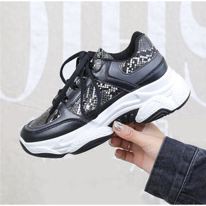 Women Autumn Snake Pattern Lace UP Vulcanized Shoes Woman Flat Platform Casual Shoes Ladies Mesh Women's Fashion Shoes