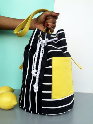 Bucket Bag Striped