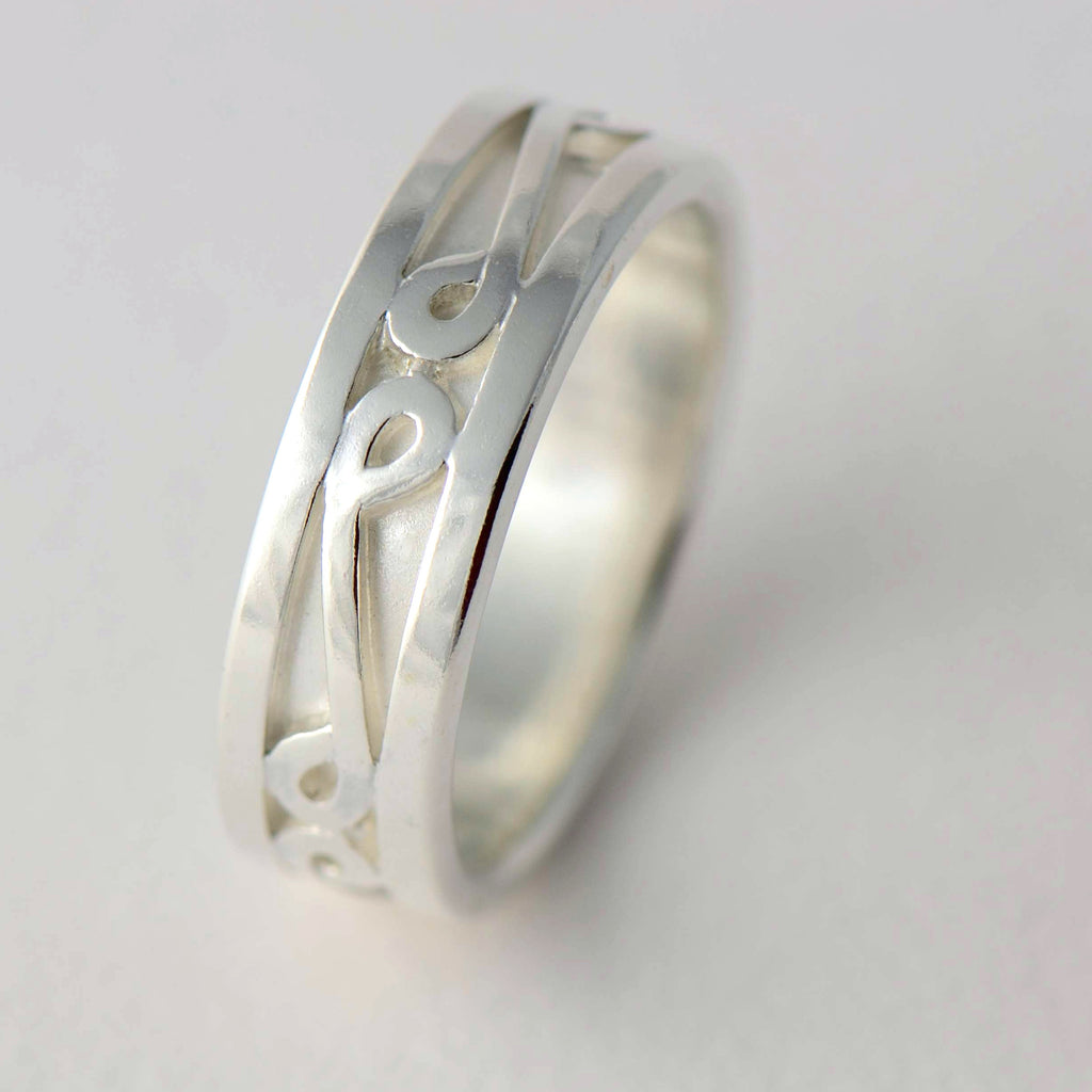 Personalized Patterned Ring - wedding band set