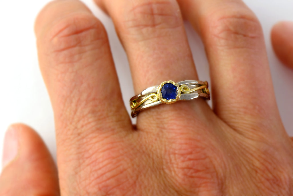 18 carat solid gold and blue sapphire engagement ring - raw solitaire gold ring – engagement texture ring –  sapphire solitaire ring