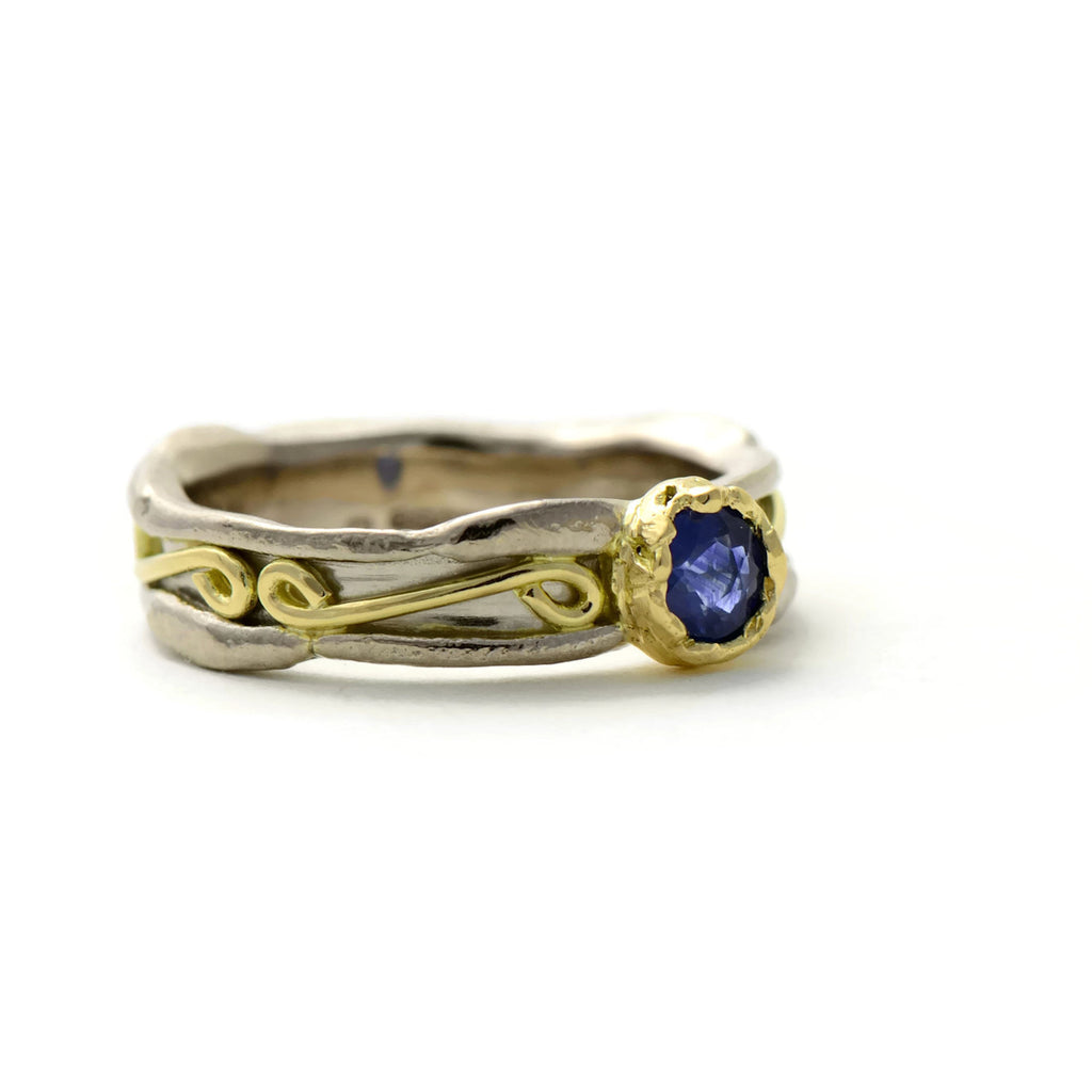 sapphire solitaire gold ring