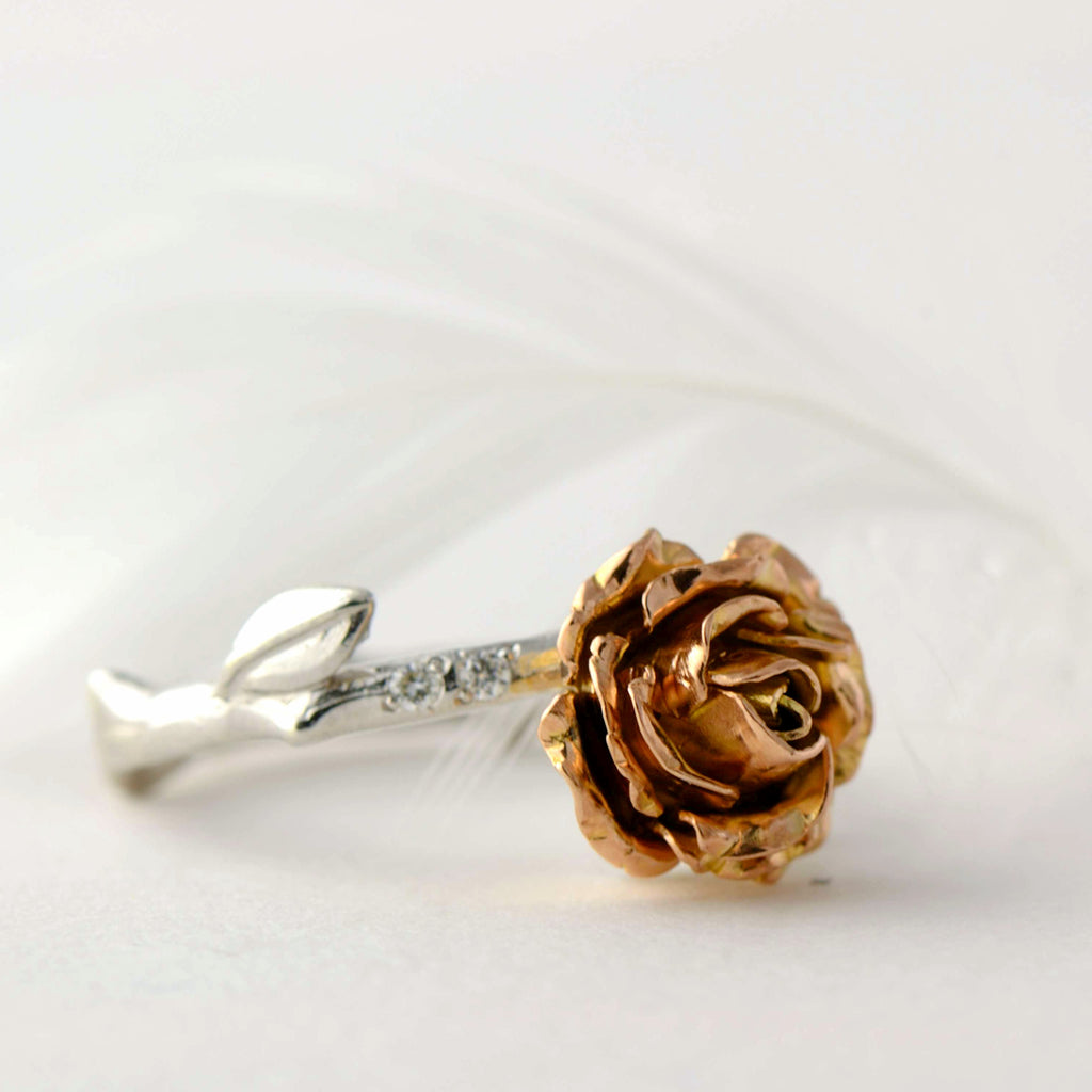 solitaire rose ring in solid gold