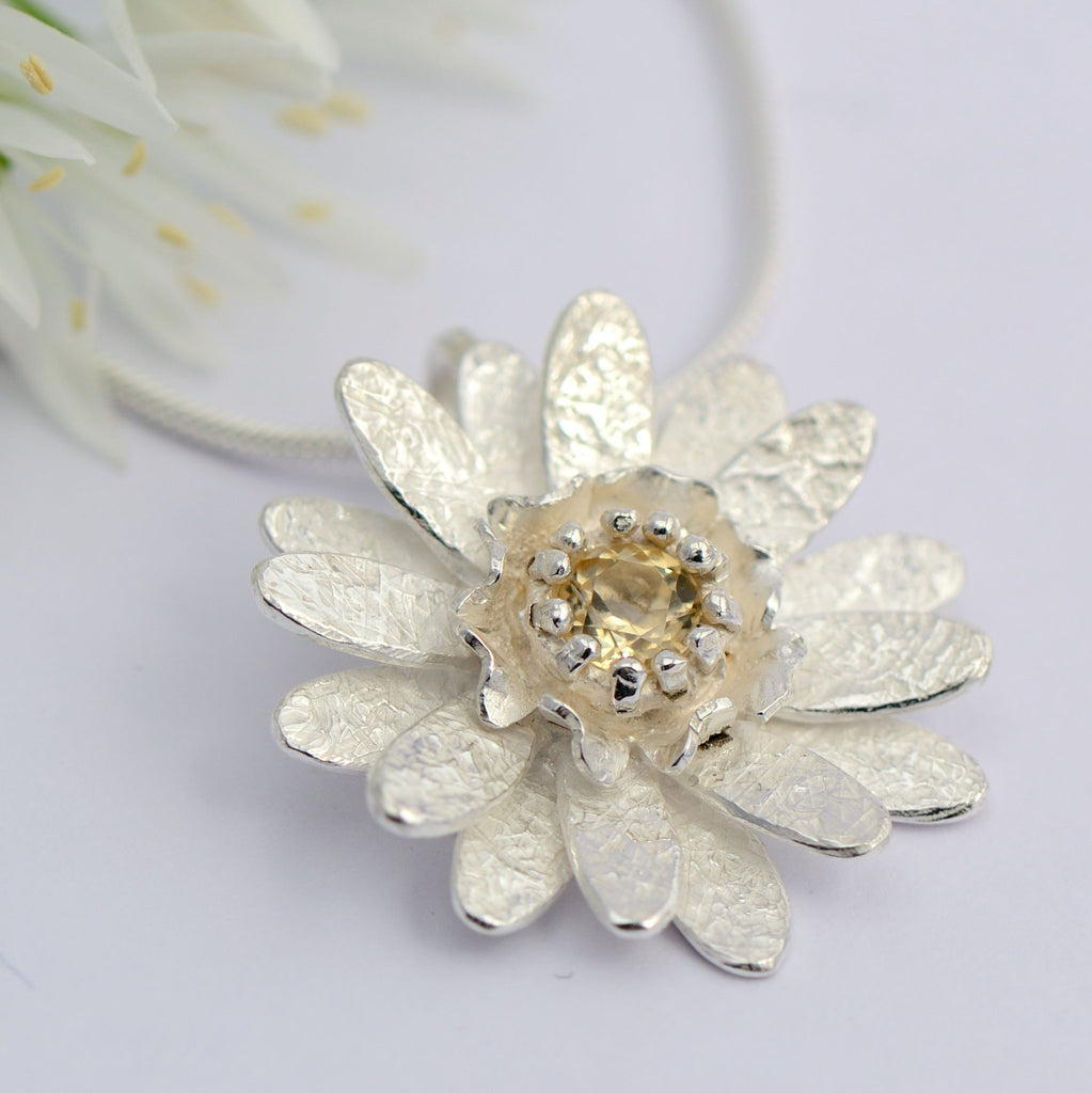 Sterling silver chrysanthemum yellow Topaz Pendant