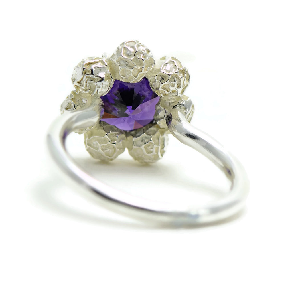 flower design ring, large gemstone, Amethyst, peppercorn ring