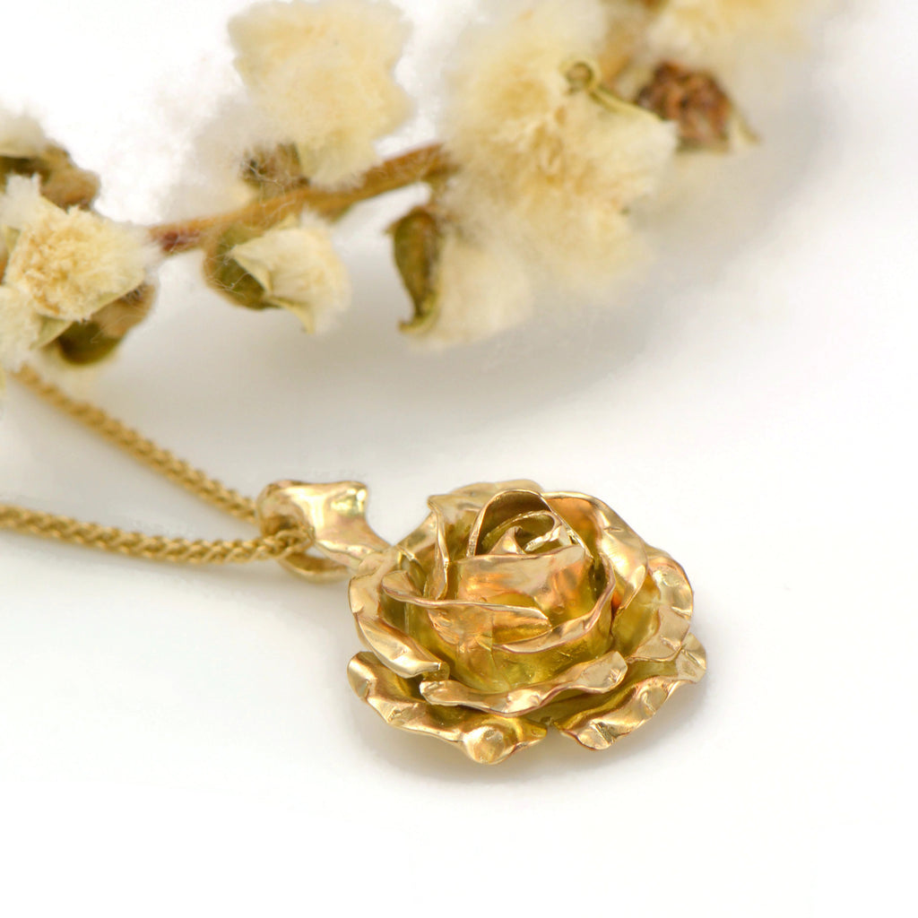solid gold rose pendant