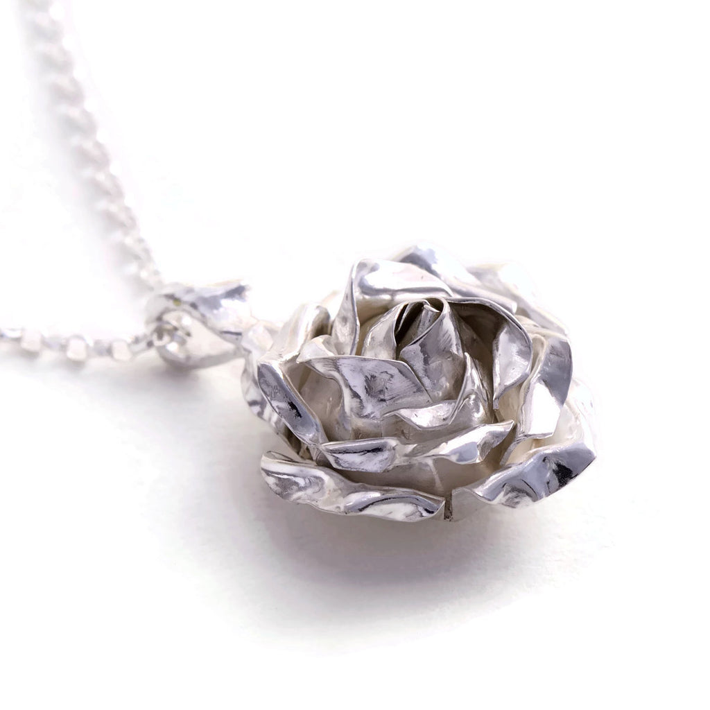 Large silver rose pendant