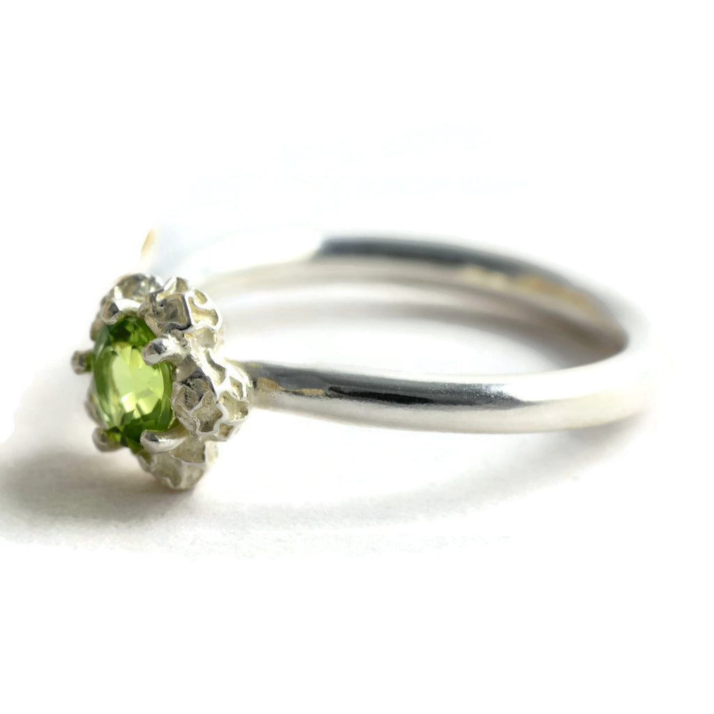 solitary peridot ring
