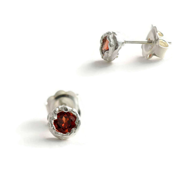 Sterling silver or 18ct eco gold Crown stud earrings with a 4 mm gemstone