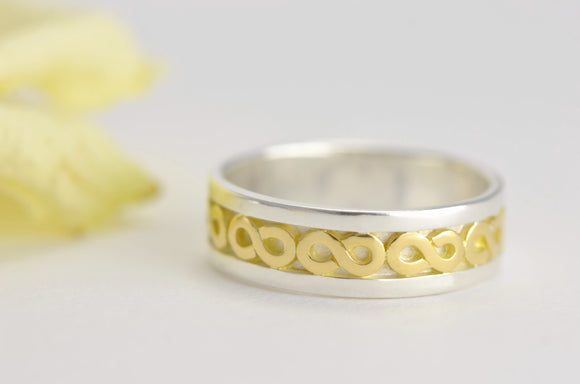 boho wedding ring in 18ct gold and silver