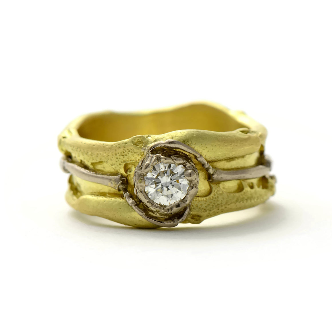 unique diamond and 18ct gold contemporary ring