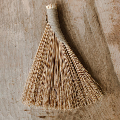 Shaker Whisk Broom - Darling Spring