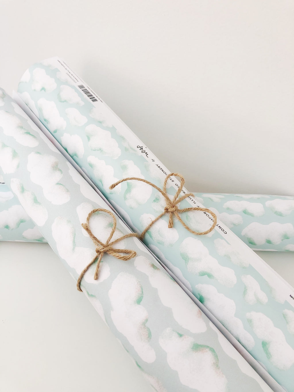 CLOUDS GIFT WRAP