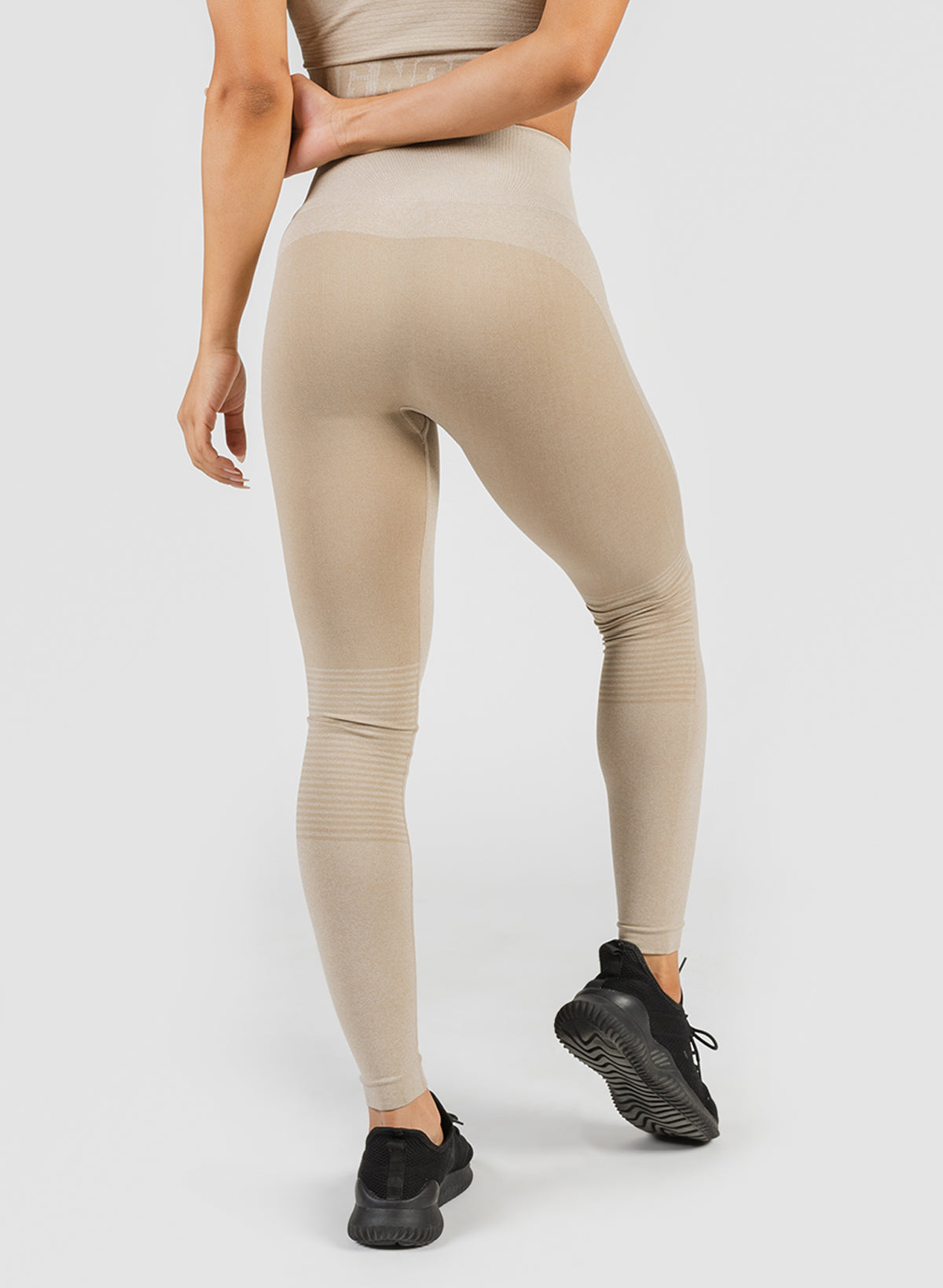 SEAMLESS TIGHTS - SAND
