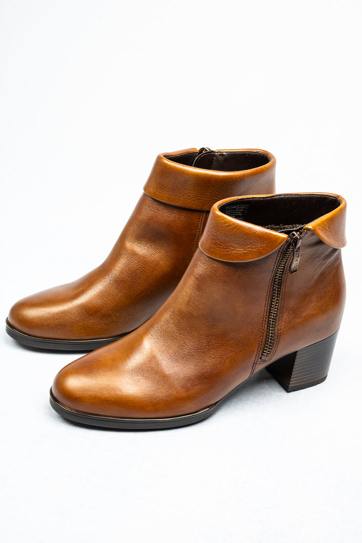 Ara Florenz | Folded Down Shaft Ankle Boot