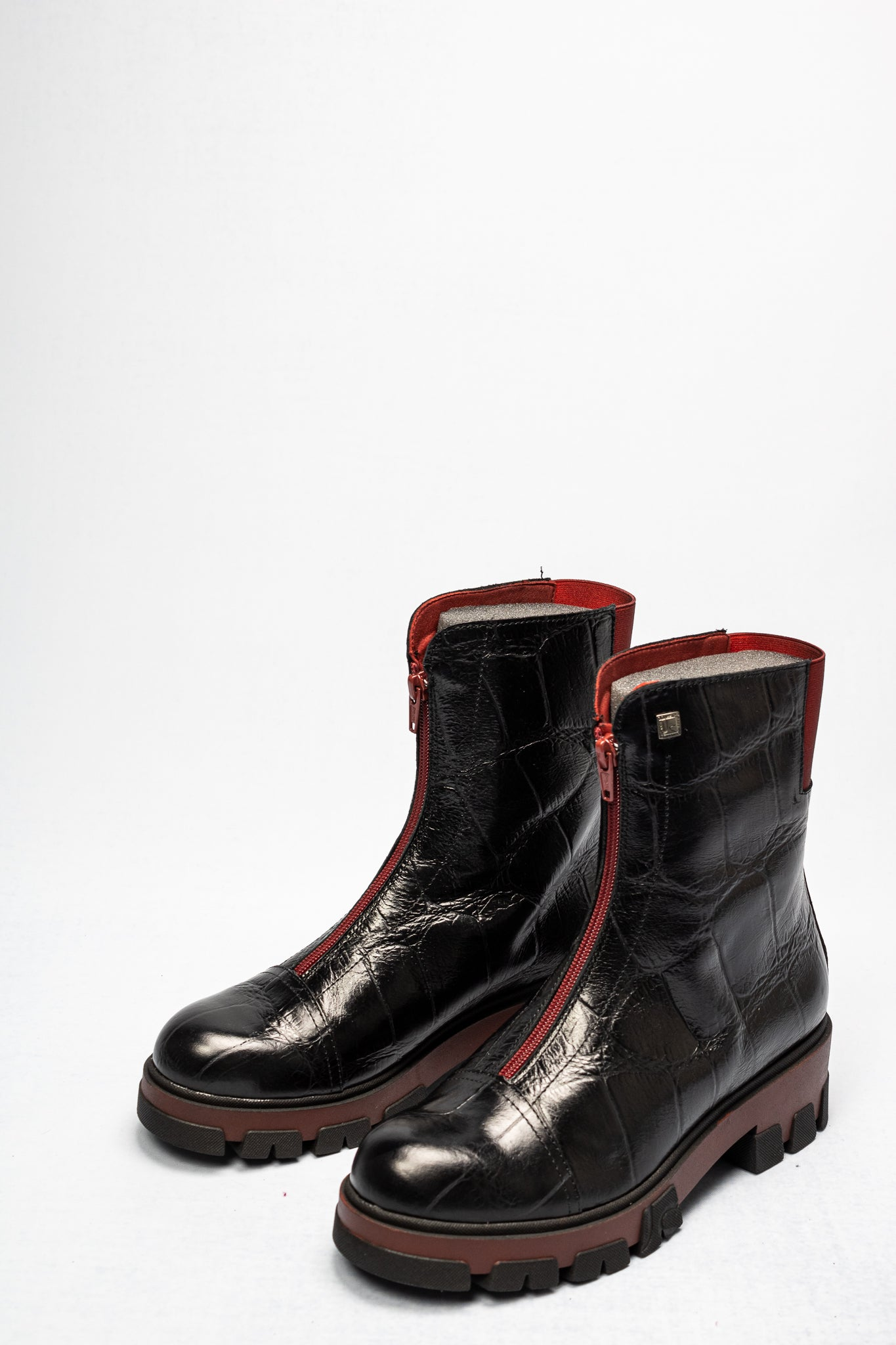 3009-K Jose Saenz Black & Red Ankle Boot for sale online ireland