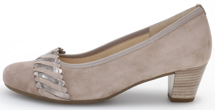 46.183.32 Gabor Classic Ladies Office Court Shoe with Block Heel for sale online ireland beige