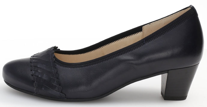46.183.66 Gabor Classic Ladies Office Court Shoe with Block Heel for sale online ireland ocean