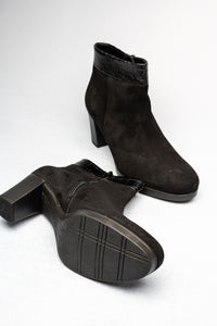 52.860.37 Gabor Ladies Black Zip Ankle Boots suede for sale online ireland