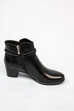 Load image into Gallery viewer, Caprice 25307 | Leather Ankle Boots