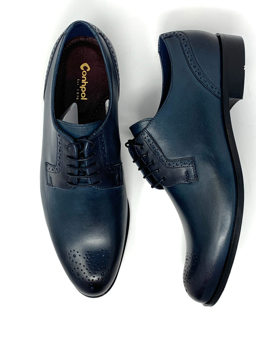 Comfortable Brogue with Subtle Punched Detailing