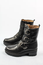 Load image into Gallery viewer, Wonders | Black Ankle Buckle Boots
