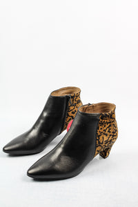 C-8402 Wonders Leather Black and Leopard Ankle Boots for sale online ireland