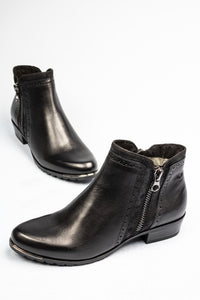 Caprice 25403 | Leather Double Zip Ankle Boot