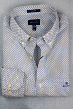 Load image into Gallery viewer, Gant 3029430 | Micro Dot Weave Print Shirt