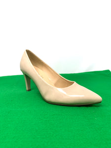 41.380 Gabor Pointed Court Shoe for sale online ireland sand