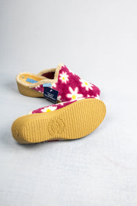 Lunar KLA033 | Floral Slippers with Inclined Heel