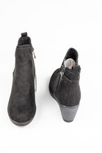 Load image into Gallery viewer, Marco Tozzi Ankle Boots 2.2.25042 for sale online ireland