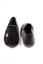 Load image into Gallery viewer, Lotus Clarence | Velour Men's Slippers