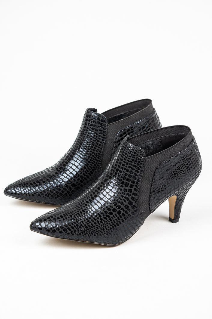 Lotus Krissy | Elasticated Slip On Ankle Boots